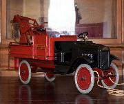www.buddylmuseum.com, buddy l wrecker information, buddy l wrecker, buddy l wrecker gears,  wanted highest prices paid contact buddy l museum today, sturditoy wrecking truck for sale, keystone packard wrecker prices, buddy l museum free buddy l truck appraisals